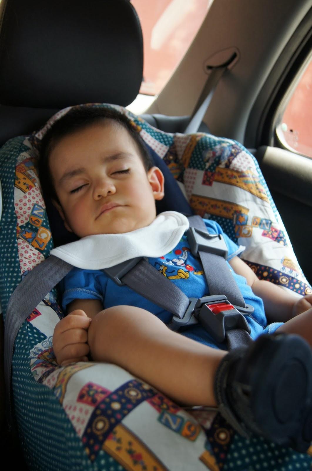 El cintur n de seguridad para ni os y embarazadas la for Sillas para que los bebes aprendan a sentarse